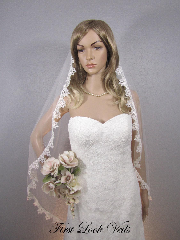 Lace Wedding Veil Ivory Bridal Fingertip Bling Vail Viel Attire Womens Accessories