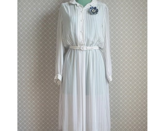 Vintage Secretary Dress with Belt - Striped Dress - White and Navy - Size M/L