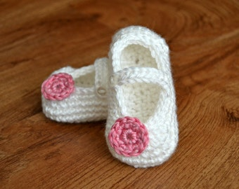 Crochet Baby Mary Jane Shoes (Sizes from Newborn to 12 Months)