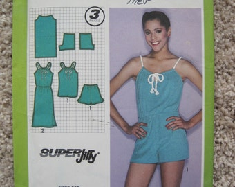 UNCUT Misses Pullover Dress or Top and Shorts - Size 16 - Simplicity 9460 Vintage 1980