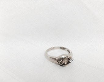 """Antique Sterling Silver Ring With Two Empty Settings and Cubic Zirconium Gemstone, for Craft/Repurpose, size 9.75  4.39g, 1.00x0.875"""", #197"""