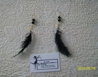 Earcushions earrings, earrings black feathers, feather earrings and black pearls