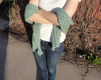 Chunky Ribbed Crocheted Scarf
