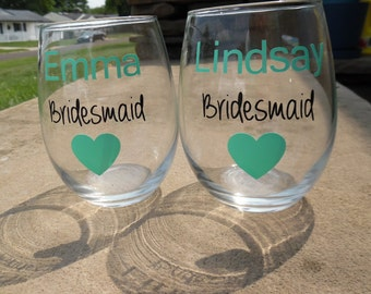 Bridesmaid  Wine Glasses, Bridal Party Wine Glasses, Custom Wedding Party Wine Glasses, Wedding Wine Glasses