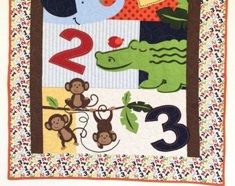 Baby quilt, Jungle animals crib bedding, jungle nursery, Safari crib bedding, animals in baby quilts, safari nursery bedding crib quilt.