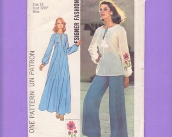 1970s Hippie Slit Neckline Pullover Caftan, Tunic/ Simplicity 6927 Womens Boho Pleated Shoulder Robe, Top Sewing pattern Size 10 Bust 32 1/2