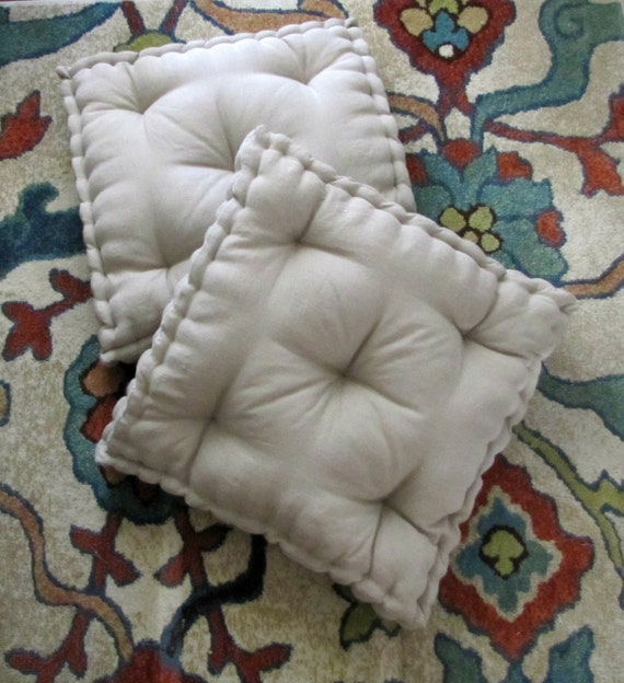 Linen Floor Pillow Tufted Floor Cushion with French Mattress