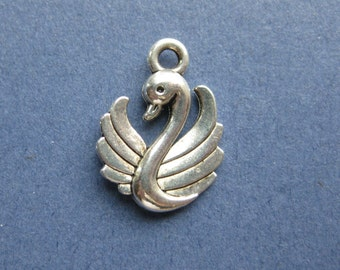 10 Swan Charms - Swan Pendant - Swans - Animal Charm - Antique Silver - 17mm x 12mm -- (No.46-11034)