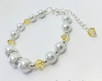 Lemon Bridesmaid Bracelet White Pearl Bracelet Wedding Jewelry Lemon Crystal Bracelet Bridesmaid Gift Mother of the Bride Gift