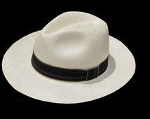 """Genuine Panama Hat from Montecristi """"Clásico"""" Subfino"""
