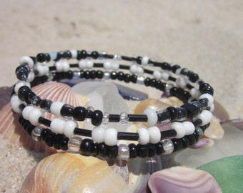 Black and White Beaded Bangle Bracelet