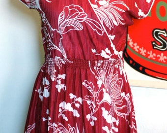 S A L E ~ Floral kimono faux wrap mini dress size M