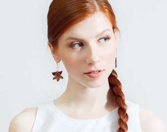 Wooden floral earrings (vanilla flowers) | original wooden packaging