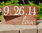 Wedding date sign / Save the date sign / Special date sign / Baby's birthday / Anniversary gift / Wedding gift / Rustic wedding