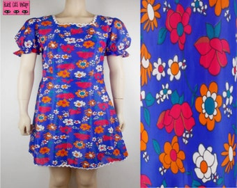 Vintage 1960s Handmade Bold Retro Flower Pattern Mini Short Dress UK 8