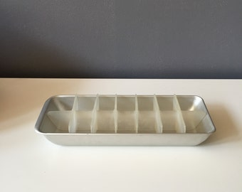 Vintage Mid Century Metal and Plastic Ice Cube Tray