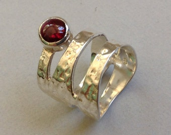 Wide Hammered Silver Ring with Garnet Cabochon Size 6