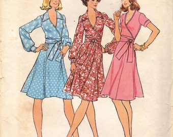 Simplicity 6788 Front Wrap Top and Skirt © 1974 Bust 38 Size 16