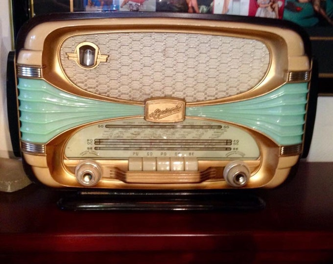 Featured listing image: Sale! OCEANIC Surcouf 56 Rarest  FRENCH RADIO Modern Art Deco Mid Mid Century, Plastic Wood Design - Free Ship Us