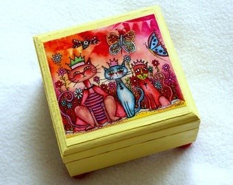 Three Cats Jewelry Box, Cat Art Small Wood Box, Three Cats, Whimsical Cats in Garden, Ring Earring bOX, Pink Blue Yellow