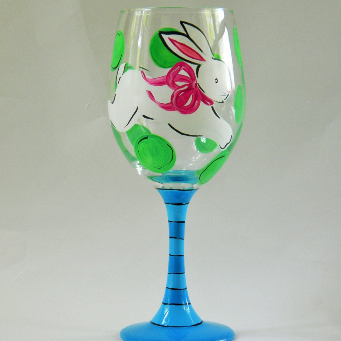 painted wine glass with rabbit bunny glass easter wine. Black Bedroom Furniture Sets. Home Design Ideas