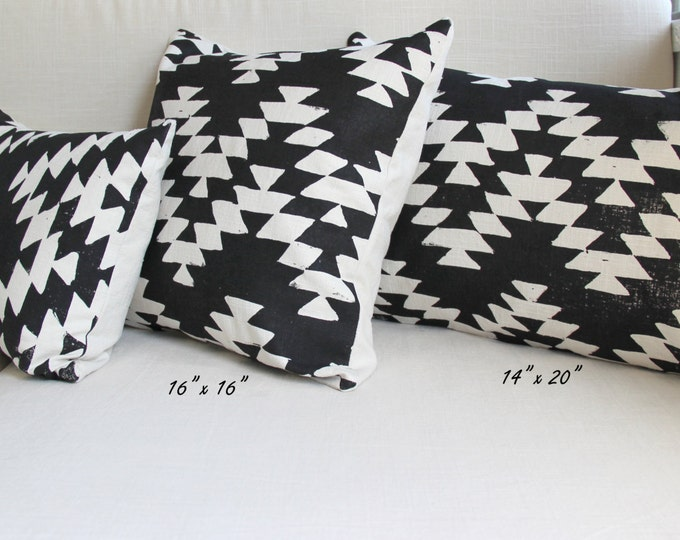 Aztec Design Decorative Throw Pillow
