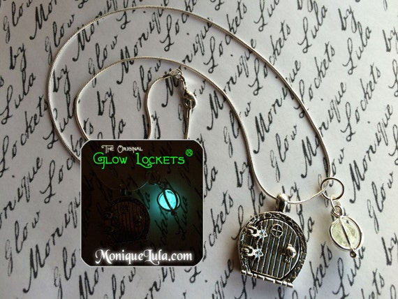 Fairy Hobbit Door Glowing Orb Necklace with Free UV Light Charger