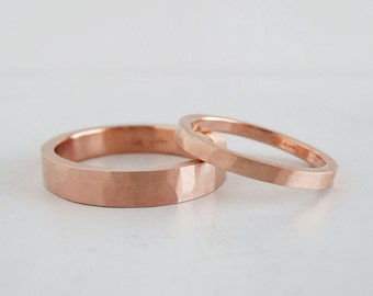 Hammer Texture Rose Gold Wedding Band Set | 2mm and 4mm 14k rose gold rings | Rustic Recycled Rose Gold wedding bands Heavy Thick Gold Rings
