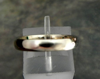 Nickel Free 4mm 14K White gold wedding band. Comfort fit with Palladium