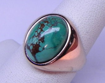 AAA Natural Chinese Green Turquoise Cabochon 5.66 carats 14x10mm 14K Rose gold ring 10 grams  1989