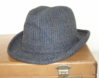 dark gray tweed hat with hints of blue and red - made by dorfman pacific - mid century mad men hipster style - wearable road trip hat