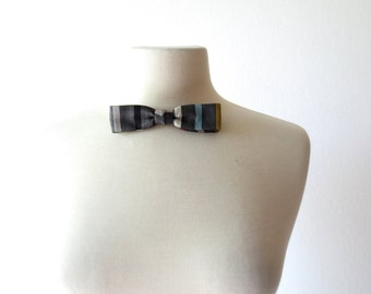 Striped Bow Tie / 1950s Bow Tie / Clip On Bow Tie