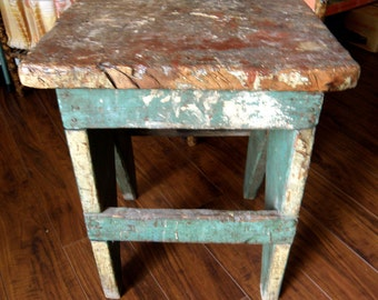 rustic primitive distressed bench or little table wonderful artsy patina