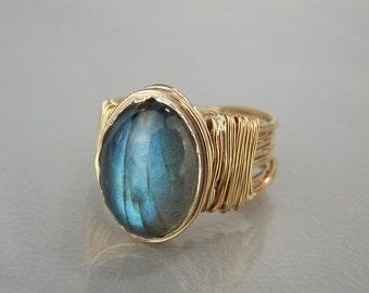 Labradorite Ring, Natural Labradorite, Gold Filled Ring, Oval Labradorite Ring, Statement Ring, Labradorite Gemstone Ring