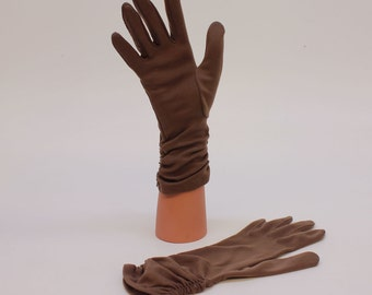 60's Brown Nylon Gloves / Gathered Sides / Small (6 -7)
