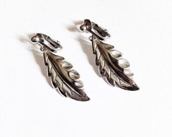 Vintage Silver Tone Dangle Leaf Earrings Clip On