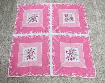 Vintage 1950s Tablecloth 34 Inch Square