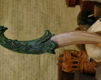 "Dragon Tooth ""idris"" Dagger - Emerald Green"