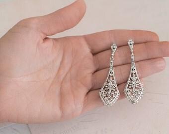 Wedding Earrings Deco Vintage, Gold Vintage deco Earrings, Wedding Crystal earrings, Chandelier earrings, 1920s earrings - 'GIGI'