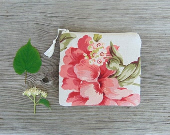 Floral Zipper Pouch, Cosmetic Bag, Cottage Rose Makeup Bag, Zippered Clutch, Zipper Bag, Floral Zipper Pouch, Coin Purse, Gift Idea