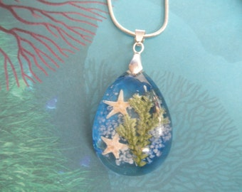 Walk On The Beach-3 Dimensional Beach-Ocean Inspired-2 Star Fish, Beach Sand, Frosted Ferns Glass Teardrop Pendant-Gifts Under 35
