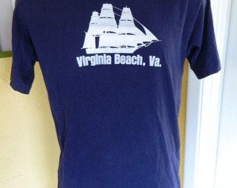 Virginia Beach 1980s sailing ship blue tee shirt size large/XL