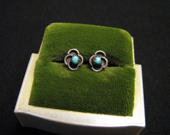 Vintage Native American Sterling Silver and Blue Turquoise Round Swirled Cloud Stud Post Pierced Earrings