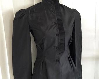 Sale Vintage Vamp Gothic Ruffled Blouse -- Film Noir - Femme Fatale