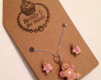 Fun Gingerbread lady nivelty necklace and stud earrings set pale purple and pink