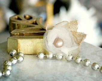 Burlap Leaves & Tulle Hair Clip. Champagne Ivory Rosette - Pearl Gem. Etsy Handmade. Sand Tan Natural Pantone 2015, Bride Bridal Bridesmaid