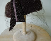 Vintage 1960s Brown Women's Hat w/ Veil