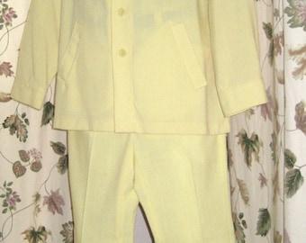 Mens Leisure Suit - Two Piece Jacket & Pants Pale - Lemon Yellow 70s Vintage