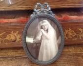Vintage FRAME ~ BRASS trim ~ Antique Old Frame - Glass ~ Oval.