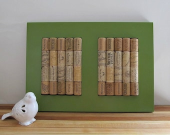 Wine Cork Trivet / Bulletin Board - Wall Hanging, Table Accent, Home Decor